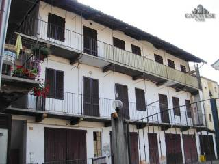 Foto - Trilocale via Carlo Botta 63, Castellamonte