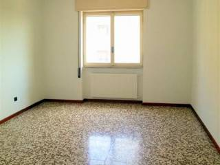 Foto - Bilocale buono stato, quarto piano, San Donato Milanese