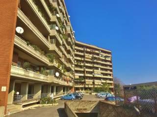 Foto - Quadrilocale ottimo stato, primo piano, Torrino, Roma