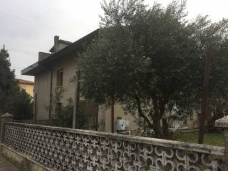 Foto - Villa, da ristrutturare, 286 mq, Occhiobello