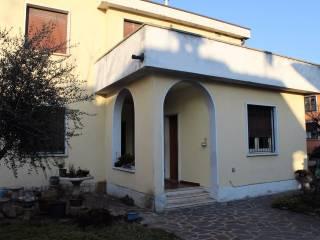 Foto - Villa, da ristrutturare, 250 mq, Palazzolo Sull'Oglio