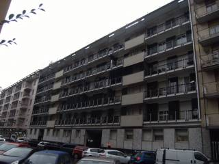Foto - Quadrilocale via Vespri Siciliani 38, Lorenteggio, Milano