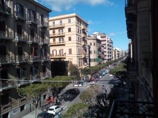 Foto - Bilocale via Sammartino 35, Politeama, Palermo