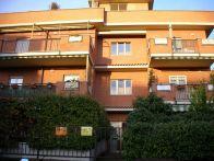 Foto - Trilocale ottimo stato, ultimo piano, Roma