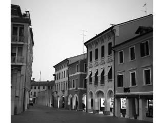 Foto - Palazzo / Stabile tre piani, da ristrutturare, Motta Di Livenza