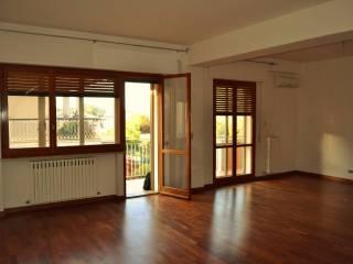 Foto - Appartamento via Zara 12, Sulmona