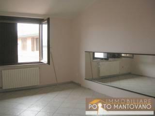 Foto - Bilocale buono stato, primo piano, Soave, Porto Mantovano