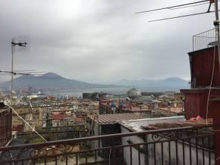 Foto - Bilocale ottimo stato, quarto piano, Via Toledo, Napoli