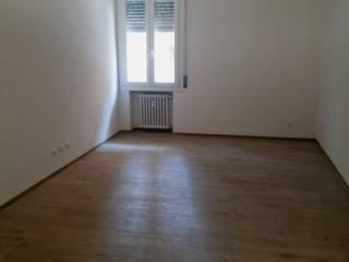 Foto - Quadrilocale ottimo stato, terzo piano, Sant'Agnese, Modena