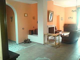 Foto - Appartamento ottimo stato, ultimo piano, Rieti