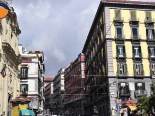 Foto - Bilocale ottimo stato, primo piano, Avvocata, Napoli
