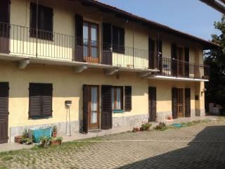 Foto - Casa indipendente via Villafranca, 31, Cavour