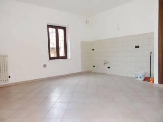 Foto - Bilocale ottimo stato, terzo piano, Savigliano