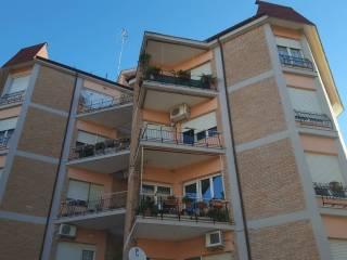 Foto - Trilocale via Chatillon, Genzano Di Roma