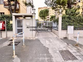 Foto - Appartamento viale de Laurentis Luigi 17, Poggiofranco, Bari