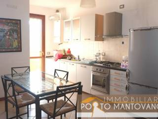 Foto - Bilocale primo piano, Sant'antonio, Porto Mantovano