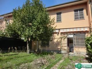 Foto - Villetta a schiera 4 locali, buono stato, Mediglia