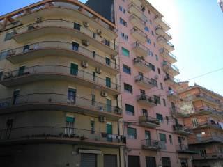 Foto - Trilocale da ristrutturare, sesto piano, Acireale