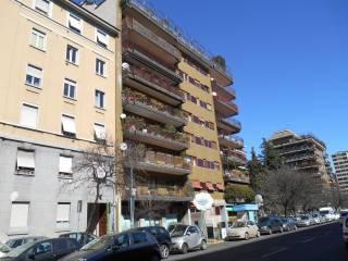 Foto - Trilocale buono stato, terzo piano, Sempione - Sede RAI, Milano