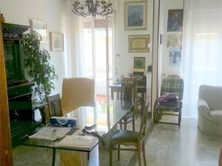 Foto - Bilocale buono stato, terzo piano, Pescara
