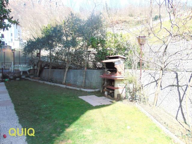 Appartamento in vendita a Civate, 3 locali, prezzo € 148.000 | CambioCasa.it