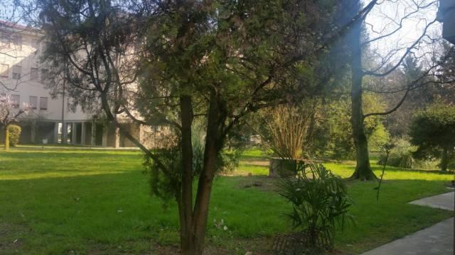 Appartamento in vendita a Selvazzano Dentro, 5 locali, prezzo € 129.000 | CambioCasa.it
