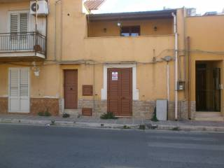 Foto - Trilocale via Palermo, Terrasini