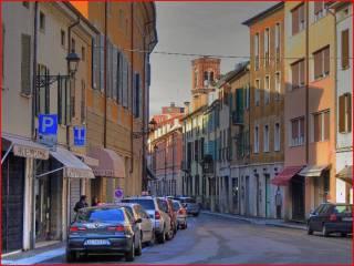 Foto - Trilocale da ristrutturare, primo piano, Centro città, Mantova