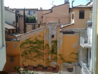 Foto - Monolocale ottimo stato, secondo piano, Centro Storico, Bologna