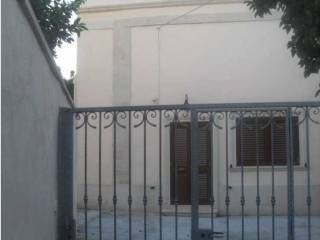 Foto - Trilocale ottimo stato, su piu' livelli, Muro Leccese