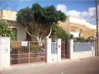 Foto - Casa indipendente 288 mq, buono stato, Muro Leccese