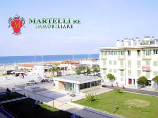 Foto - Appartamento buono stato, terzo piano, Lido Di Camaiore, Camaiore