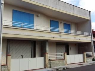 Foto - Casa indipendente 255 mq, buono stato, Parabita