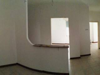 Foto - Trilocale ottimo stato, terzo piano, Veronetta, Verona