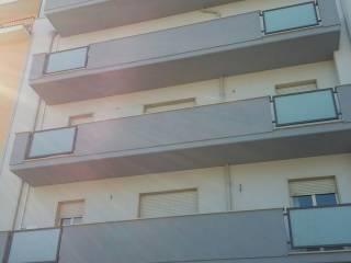 Foto - Trilocale buono stato, secondo piano, Ospedale, Pescara