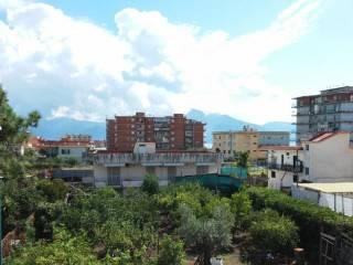 Foto - Quadrilocale via san maria la bruna, Torre Del Greco