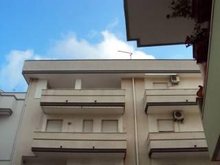 Foto - Trilocale ottimo stato, terzo piano, Fasano