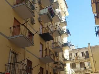 Foto - Trilocale da ristrutturare, secondo piano, Dante, Palermo