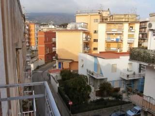 Foto - Bilocale buono stato, terzo piano, Torre Del Greco