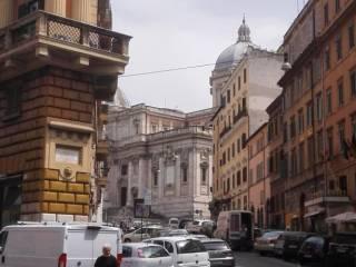 Attività / Licenza Vendita Roma  1 - Centro storico
