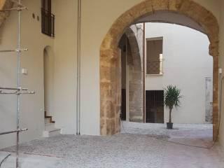 Foto - Quadrilocale ottimo stato, secondo piano, Piazza Marina, Alloro, Palermo