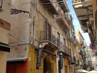 Foto - Appartamento da ristrutturare, primo piano, Maqueda, Massimo, Palermo