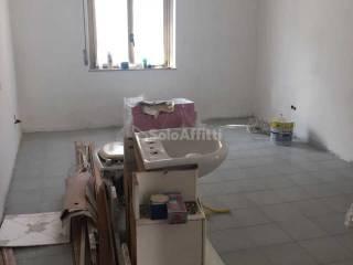 Foto - Trilocale via Fonte Romana, Ospedale, Pescara
