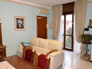 Foto - Trilocale buono stato, piano terra, Castelverde
