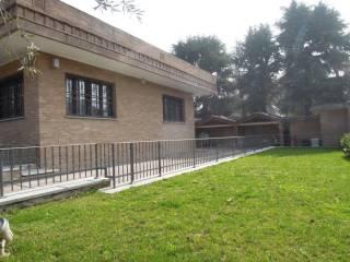 Foto - Villa via Camillo Benso Conte di Cavour 20, Trezzano Sul Naviglio
