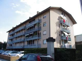 Foto - Bilocale via Lussemburgo 15, Pallanza, Verbania