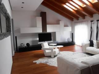 Foto - Trilocale ottimo stato, terzo piano, Gorizia