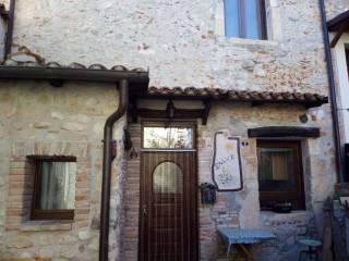 Foto - Trilocale via Castello, San Vittorino, L'Aquila