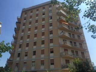 Foto - Trilocale ottimo stato, settimo piano, Via Veneto, Brescia