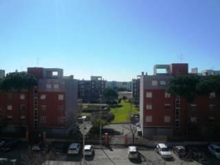 Foto - Trilocale ottimo stato, terzo piano, Acilia, Roma